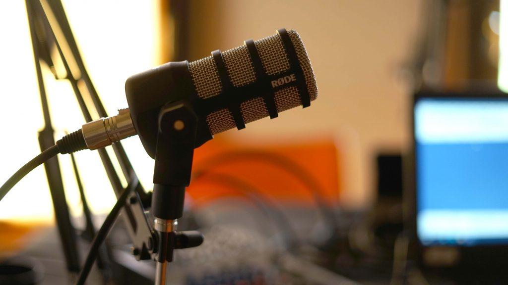 Giovani e podcast