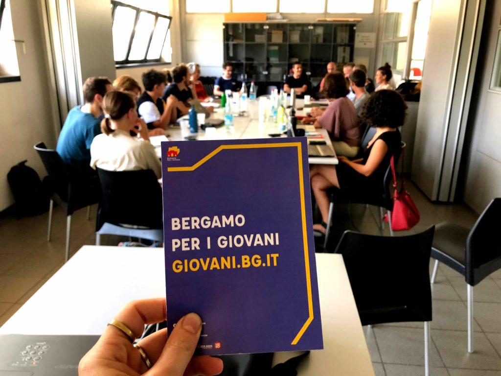 Volantino Bergamo per i Giovani